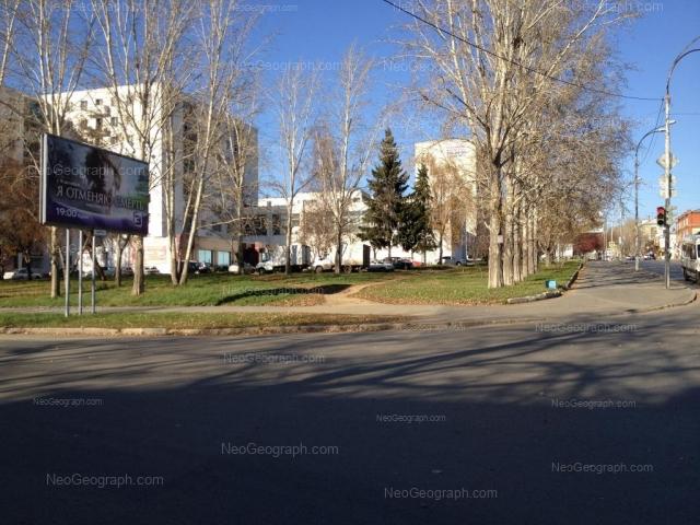 Адрес(а) на фотографии: Восточная улица, 182, 182а, Екатеринбург