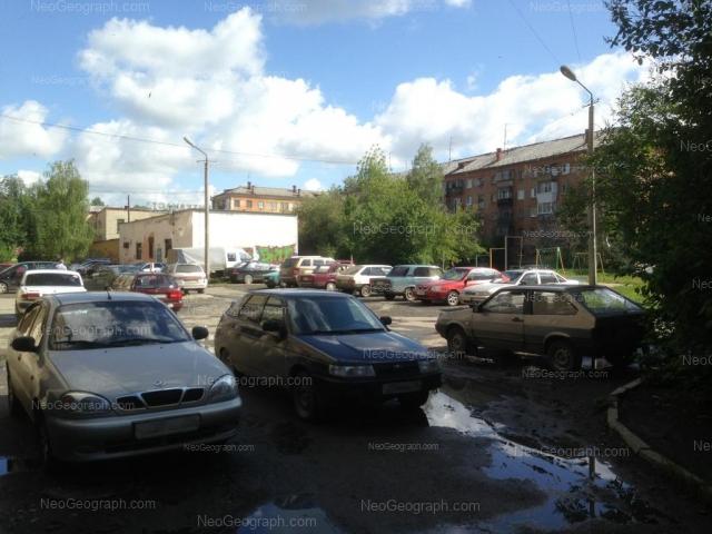 Адрес(а) на фотографии: улица Машиностроителей, 20, 63, 65, Екатеринбург