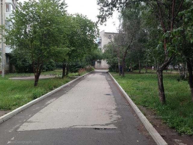 Адрес(а) на фотографии: улица Фрезеровщиков, 25/1, Екатеринбург