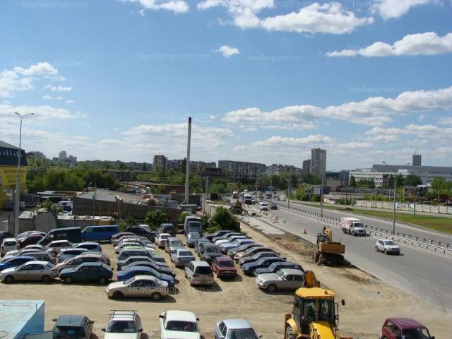 Адрес(а) на фотографии: улица Серафимы Дерябиной, 17, Екатеринбург