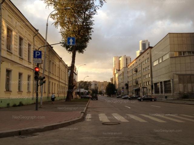 Адрес(а) на фотографии: улица Маршала Жукова, 4А, Екатеринбург