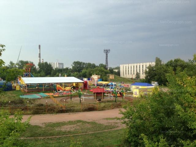 Адрес(а) на фотографии: улица Краснофлотцев, 48 к1, Екатеринбург