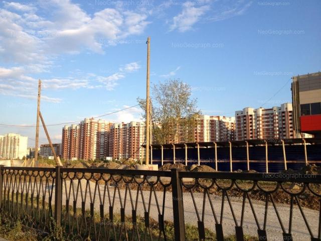 Адрес(а) на фотографии: улица Академика Шварца, 4, 6 к1, 8 к1, 10 к1, Екатеринбург