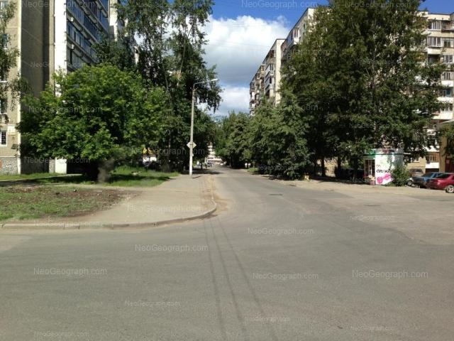 Адрес(а) на фотографии: Стахановская улица, 27, 29, Екатеринбург