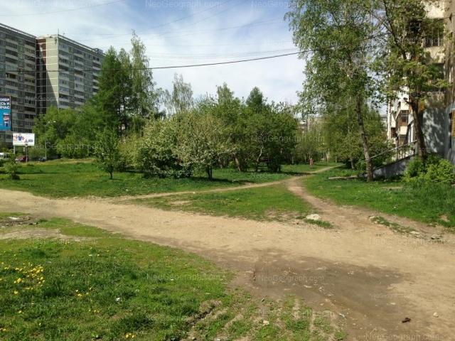 Адрес(а) на фотографии: улица Пехотинцев, 13, 17, 18, Екатеринбург
