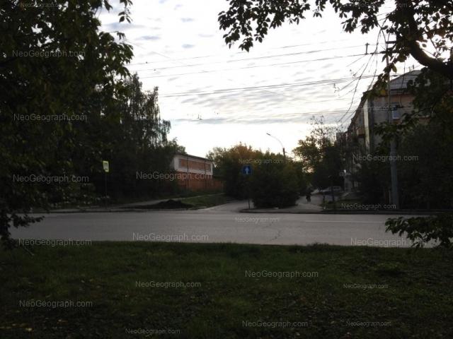 Адрес(а) на фотографии: Комсомольская улица, 11а, 13, Екатеринбург