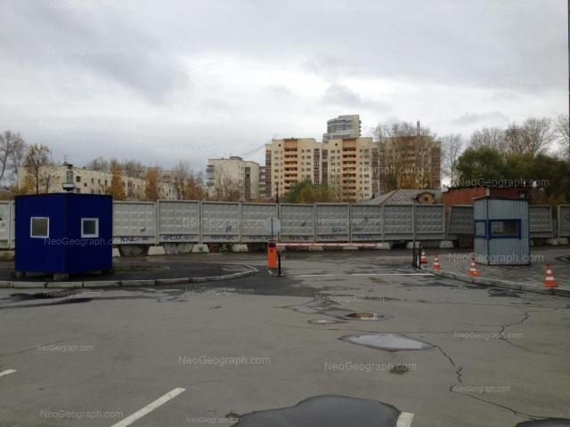 Адрес(а) на фотографии: Переходный переулок, 5, 7, Екатеринбург
