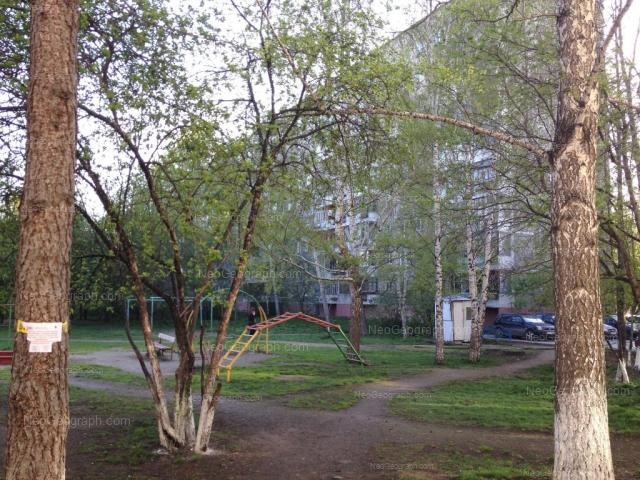 Адрес(а) на фотографии: улица Академика Бардина, 40/2, Екатеринбург
