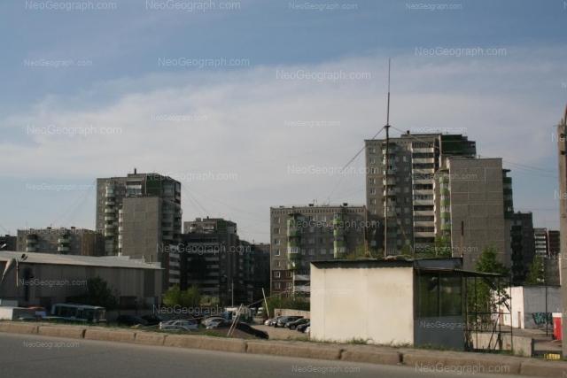 Адрес(а) на фотографии: улица Крестинского, 13, 15, 17, 21, 23, 25, Екатеринбург