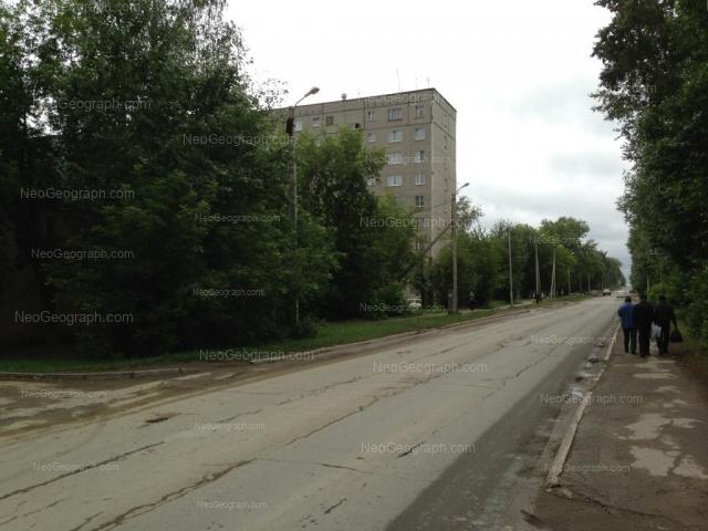 Адрес(а) на фотографии: улица Молодёжи, 82, Екатеринбург