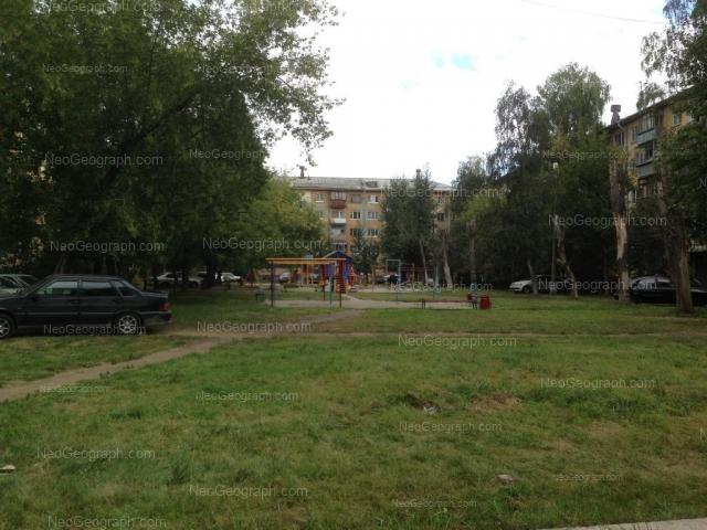 Адрес(а) на фотографии: Сухоложская улица, 11, 13, Екатеринбург