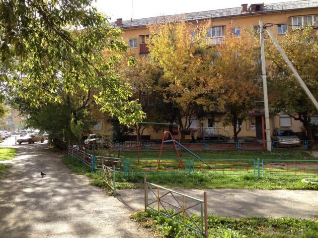 Адрес(а) на фотографии: проспект Космонавтов, 49, 80, Екатеринбург