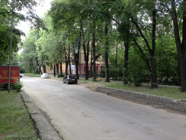 Адрес(а) на фотографии: улица Красных Борцов, 3, Екатеринбург