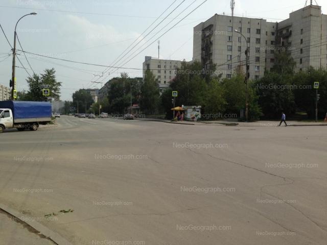Адрес(а) на фотографии: улица Фрезеровщиков, 32, 34, Екатеринбург
