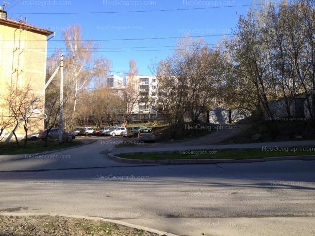 Адрес(а) на фотографии: улица Пальмиро Тольятти, 12, 12Б, Екатеринбург