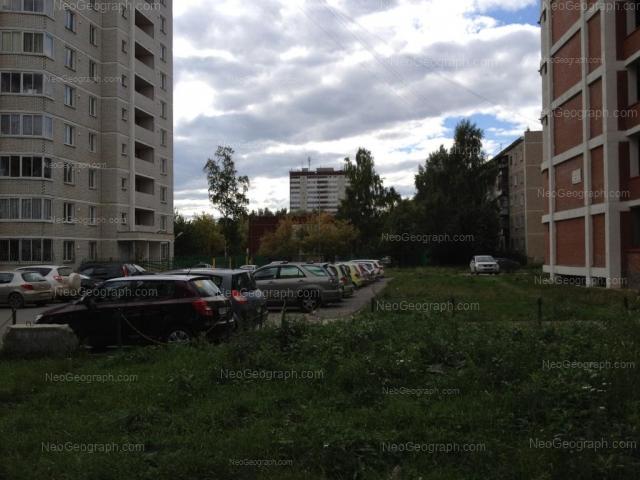 Адрес(а) на фотографии: Парниковая улица, 11, 20, 22, Екатеринбург