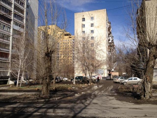 Адрес(а) на фотографии: улица Папанина, 1, 3, 5, Екатеринбург