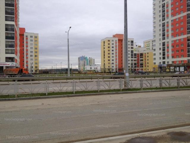 Адрес(а) на фотографии: улица Краснолесья, 107, 109, 111, 113, Екатеринбург