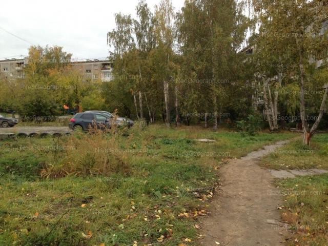 Адрес(а) на фотографии: улица Металлургов, 18, 20, Екатеринбург