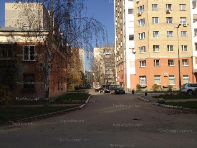 Адрес(а) на фотографии: улица Черняховского, 41, 43, 45А, Екатеринбург