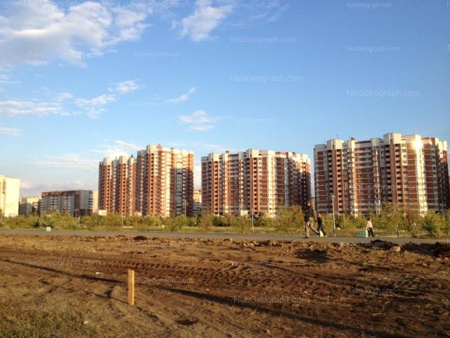 Адрес(а) на фотографии: улица Академика Шварца, 6 к1, 8 к1, 10 к1, 12 к1, Екатеринбург