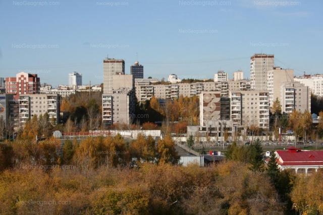 Адрес(а) на фотографии: улица Ткачей, 8, 11, 12, Екатеринбург