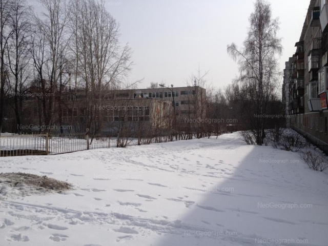 Адрес(а) на фотографии: улица Пионеров, 10/2, 10А, Екатеринбург