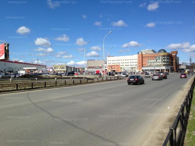 Адрес(а) на фотографии: Ольховская улица, 2, Екатеринбург