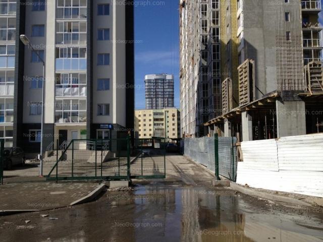 Адрес(а) на фотографии: улица Юмашева, 10, Екатеринбург