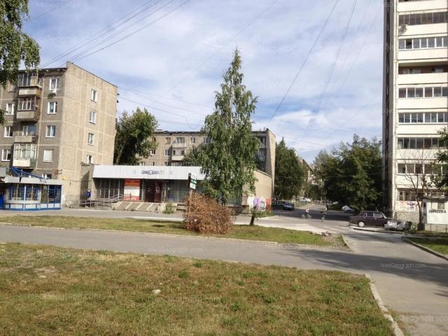 Адрес(а) на фотографии: Панельная улица, 13, 15, 17А, Екатеринбург