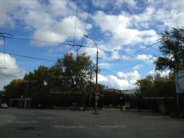 Адрес(а) на фотографии: улица Краснофлотцев, 48, 48 к1, Екатеринбург