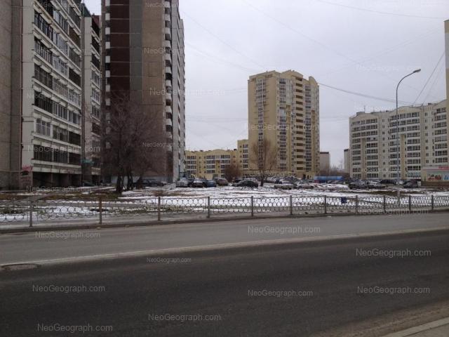 Адрес(а) на фотографии: улица Готвальда, 19, 19Б, 21/2, 23/1, 23/2, Екатеринбург