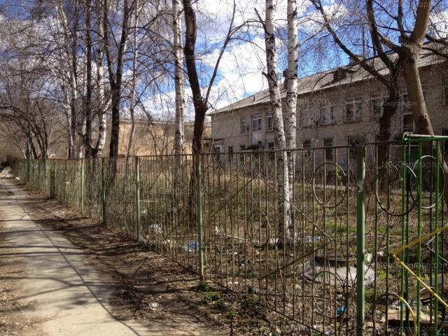 Адрес(а) на фотографии: Комсомольская улица, 10Б, 10В, Екатеринбург
