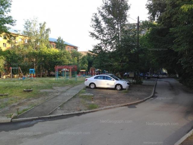 Адрес(а) на фотографии: проспект Космонавтов, 27А, 27Б, Екатеринбург