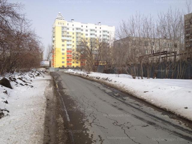 Адрес(а) на фотографии: улица Пионеров, 2, Екатеринбург