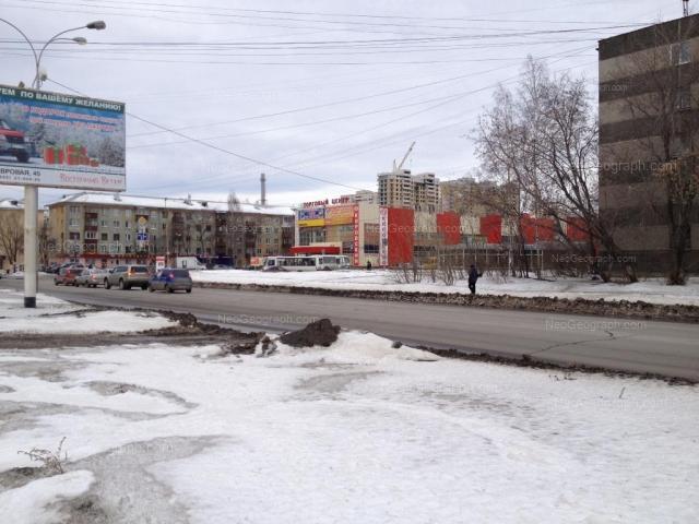 Адрес(а) на фотографии: Расточная улица, 35, Екатеринбург