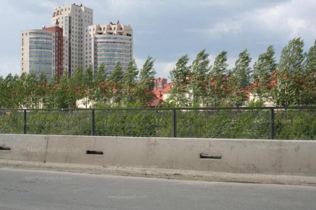 Адрес(а) на фотографии: улица Большакова, 25, Екатеринбург