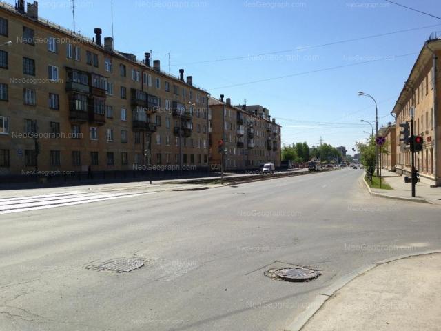 Адрес(а) на фотографии: Донбасская улица, 31А, 32, 34, Екатеринбург