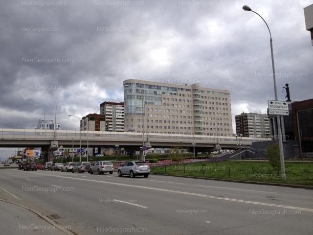 Адрес(а) на фотографии: улица Фурманова, 113, Екатеринбург