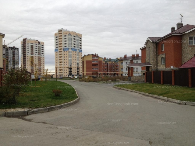 Адрес(а) на фотографии: Кольцевая улица, 45, 47, 51, Екатеринбург