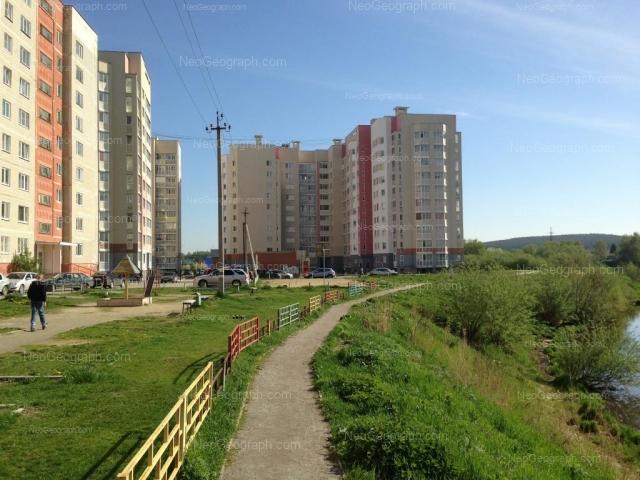 Адрес(а) на фотографии: Бисертская улица, 32, 34, 36, Екатеринбург
