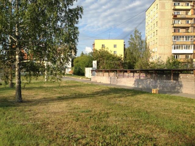 Адрес(а) на фотографии: проспект Космонавтов, 29, 29А, Екатеринбург