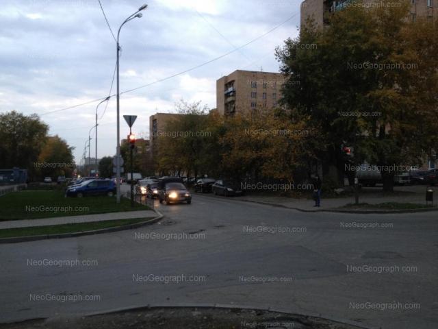 Адрес(а) на фотографии: Ключевская улица, 12, 14, 18, Екатеринбург