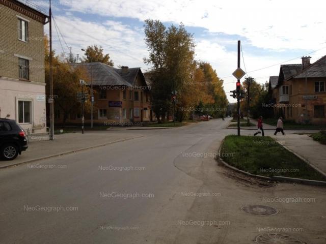 Адрес(а) на фотографии: улица Циолковского, 67, 69, 76А, Екатеринбург