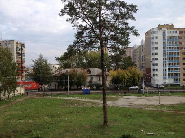 Адрес(а) на фотографии: Билимбаевская улица, 33к1, Екатеринбург