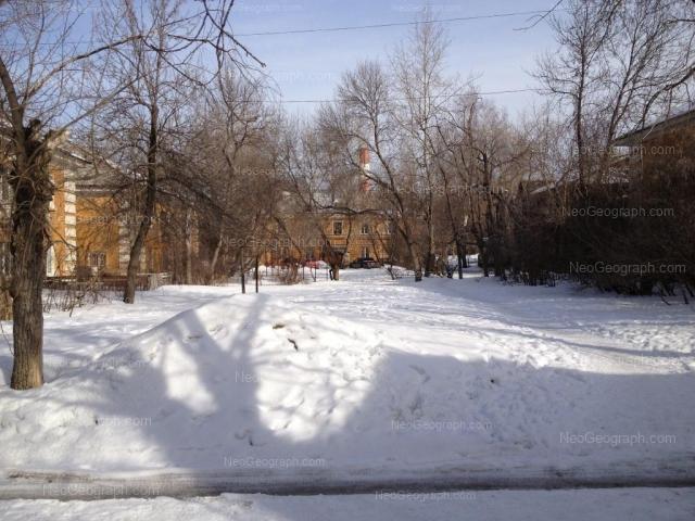 Адрес(а) на фотографии: Первомайская улица, 99А, 99Б, 101А, 101Б, 101в, Екатеринбург