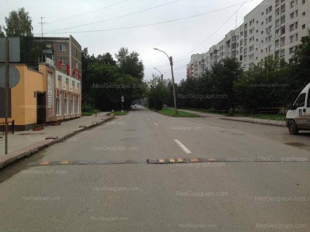 Адрес(а) на фотографии: улица Красных Командиров, 32, Екатеринбург