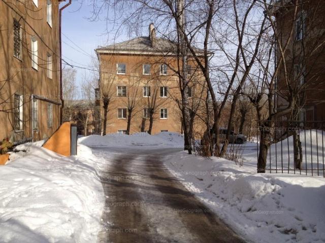 Адрес(а) на фотографии: Студенческая улица, 42а, Екатеринбург