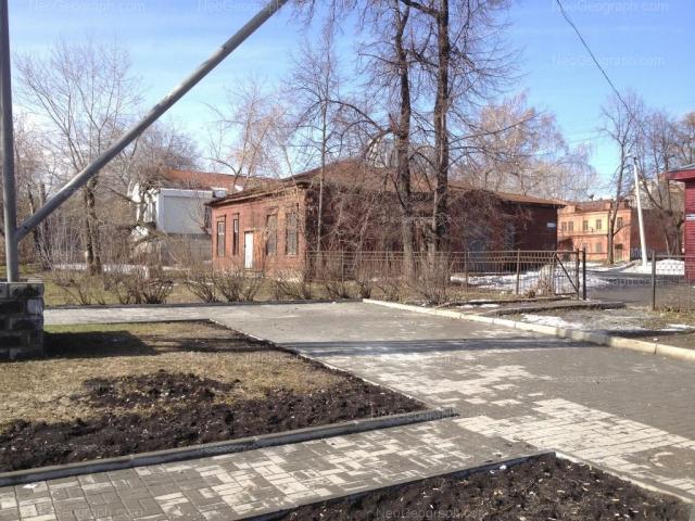 Адрес(а) на фотографии: улица Челюскинцев, 5д, 5ж, 5л, Екатеринбург