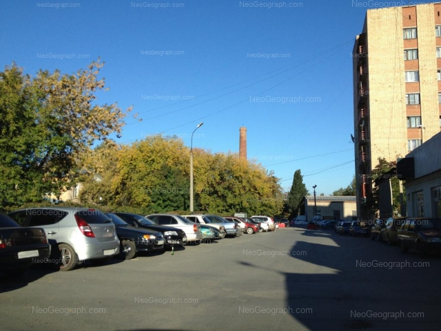 Адрес(а) на фотографии: Сибирский тракт, 35б, 37, Екатеринбург